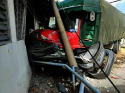 Woman dies in accident; cops track down, arrest missing lorry driver