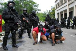 Indonesian police arrest four suspected terrorists from group affiliated to ISIS