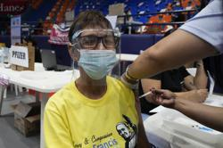 Philippines: Overseas Filipinos to get vaccine preferred by destination country; country's Covid-19 total now above 1.35 million