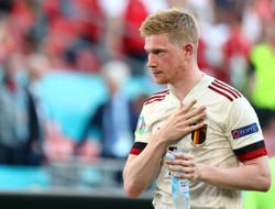 Soccer-De Bruyne says dead feeling in face won't affect his play