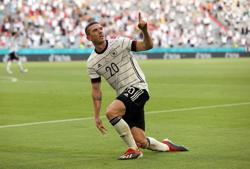 ANALYSIS-Soccer-Dream performance for Gosens as German intimidates Portugal