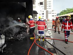 Eight vehicles destroyed in fire at Bayan Lepas condominium