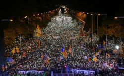 Factbox-Nine jailed Catalan separatist leaders to be pardoned by Spain
