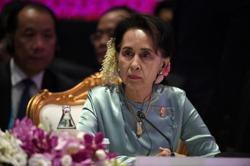 Myanmar's Suu Kyi on trial, thanks people for birthday wishes