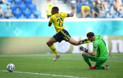 Barbers got us in trim for Slovakia win, says Sweden's Quaison