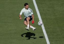 Soccer-Spain in critical condition but ready for revival vs Slovakia