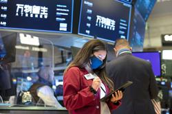 All eyes on currencies, stocks
