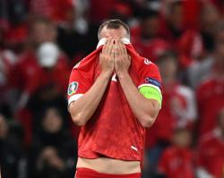 Leaky defence, lack of creativity condemn Russia to early Euros exit