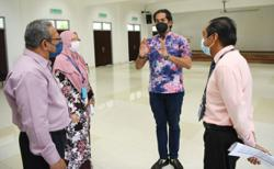 Covid-19: Vaccine doses to go up to 20,000 daily by July in Negri, says Khairy