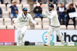 Cricket-New Zealand grab first-innings lead despite India fightback