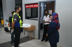 Condo management in Selayang issued warning after cleaners failed to scan in