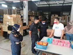 Authorities issue fines for failure to wear face masks, trading without licences