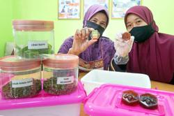 Sweet success for housewife in honey soap-making venture