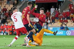 Spain in critical condition but ready for revival against Slovakia