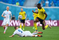 Swedes sitting pretty ahead of decisive clash