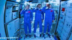 China's Xi talks with taikonauts stationed in space station core module
