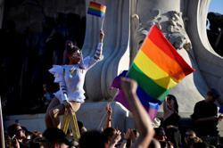 Soccer-Belgium slam UEFA on rainbow colours and plan own display