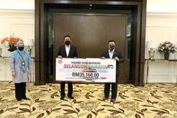 MBSA contributes to Selangor Palestinian fund