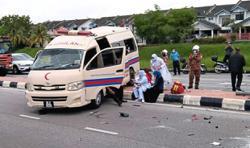 Babies and mums safe after ambulance crash