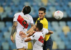 Soccer-Peru recover from two goals down to draw 2-2 with Ecuador