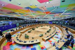 Franco-German call for Russia summit meets EU resistance
