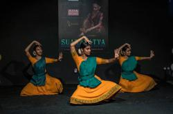 Malaysian classical dancers' 35-hour relay dance sets Asian, Malaysian records