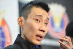 Chong Wei to Malaysian athletes: Be a Malaysian, be a hero