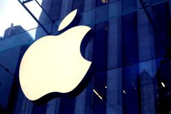 Apple banks on physical stores as economies reopen, retail chief says