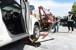 Operators having a field day towing 'dead' cars