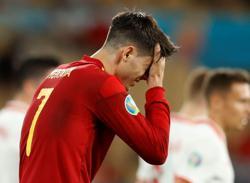 Soccer-Morata reveals social media abuse, threats to family