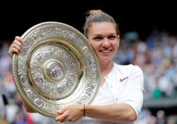Tennis-Defending champion Halep withdraws from Wimbledon with calf injury