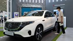 Chip shortage restricts China's car production, leaving showrooms empty, but local brands are faring better