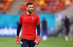 Soccer-Knockout games bring the best out of France, says Lloris ahead of Swiss test