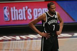 Basketball-Durant headlines U.S. men's roster for Tokyo Olympics