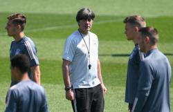 Soccer-Germany trio in doubt for last-16 clash with England says Loew