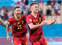 Soccer-De Bruyne, Hazard doubtful for Belgium's Euro 2020 quarter-final