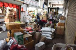 Stubborn traders still heading to Pulau Mutiara market in Penang despite closure order