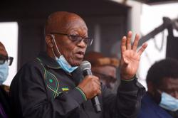 Defiant ex-leader Jacob Zuma compares S.African judges to apartheid rulers