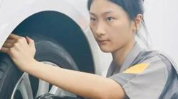 Chinese schoolgirl mechanic a celebrity after beating male competitors in car repair test, igniting gender debate