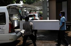 Indonesia beefs up health funds with hospitals in critical condition