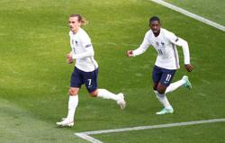 Soccer-Griezmann, Dembele apologise for video mocking hotel staff in Japan