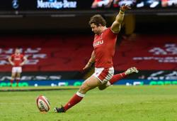 Rugby-Wales' Halfpenny to undergo knee surgery, ruled out of summer tests