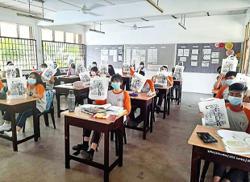 Turning Simpang Renggam into a reading constituency