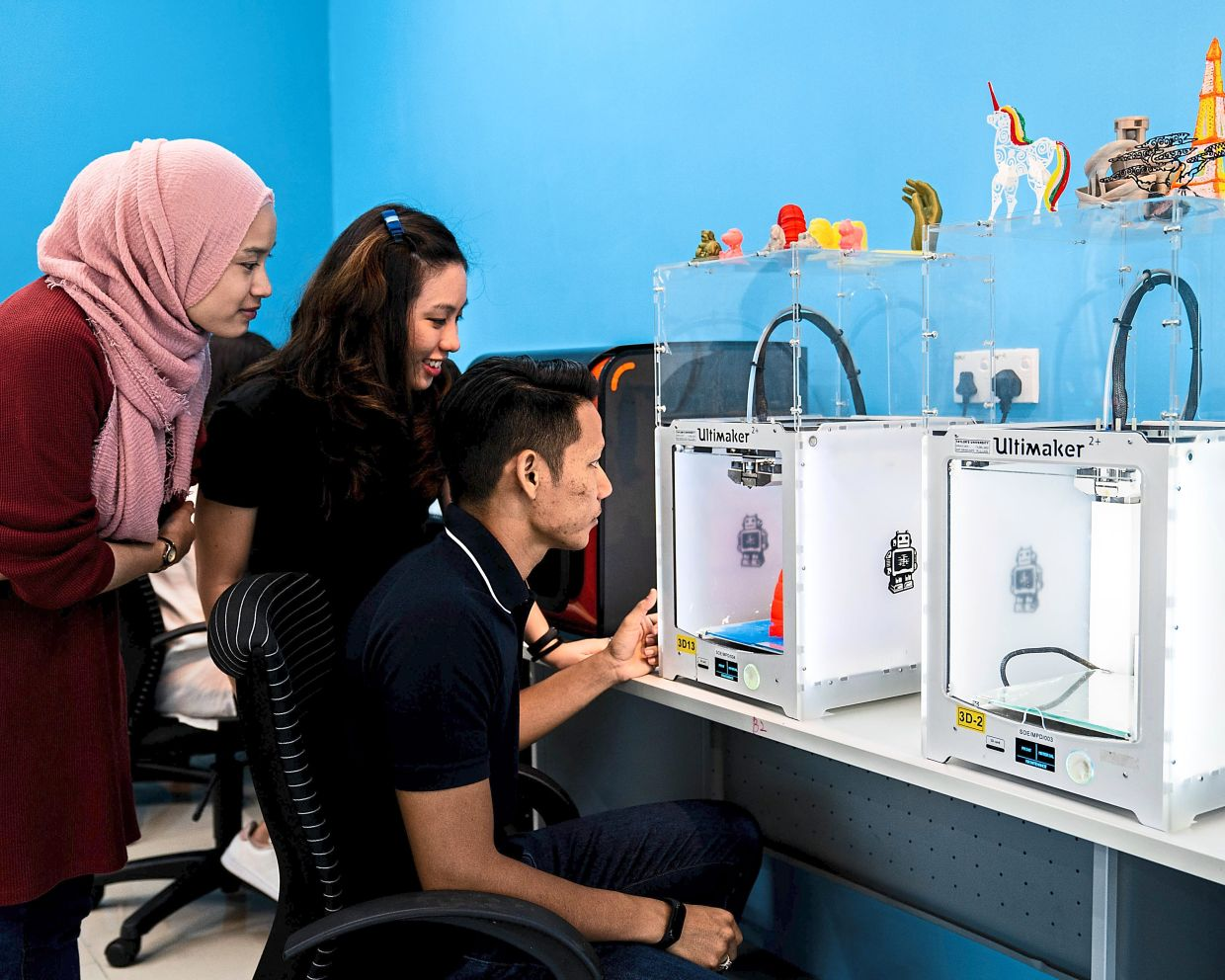 Taylor's University's Me.reka Makerspace is equipped with relevant tools that allows students to explore their creative and entrepreneurial ideas.