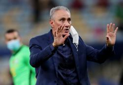 Soccer-Tite criticises organisers of Copa America once again