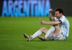 Soccer-Messi played Copa America final with injury, says coach