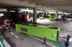 14 injured in two bus collision in Singapore