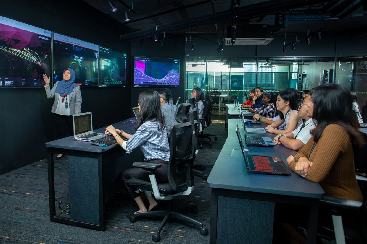 APU's top-notch teaching team comprises professionally-certified academics who are able to impart real-world cybersecurity practices to students.