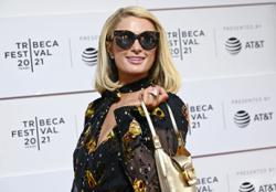 That's hot: Paris Hilton to star in new cooking show
