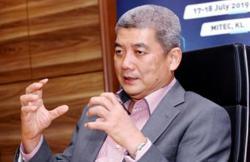Serba Dinamik chief Abdul Karim buys back 10 million shares